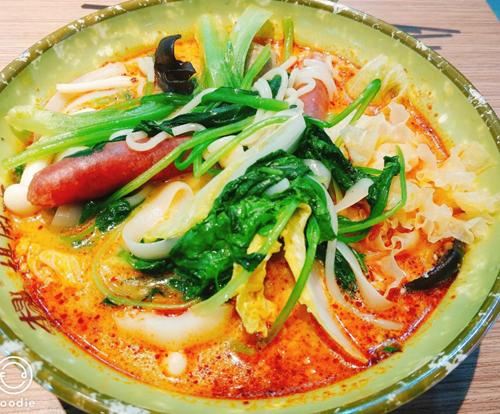杨国福麻辣烫白汤制作